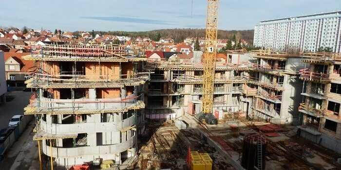 Construction grossière Qu'est-ce? Matériaux de construction structurelle
